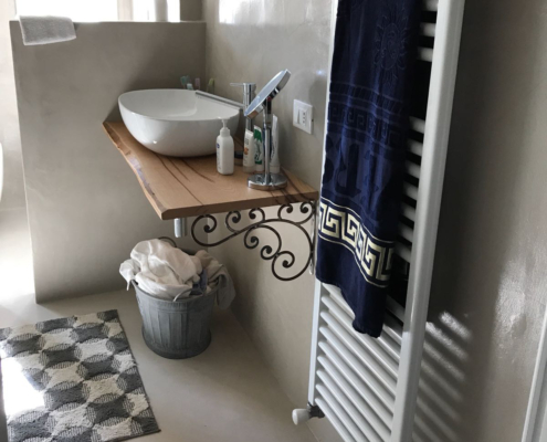 EcoBeton Microbond in bagno